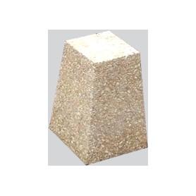 Borne pyramidale H:29cm