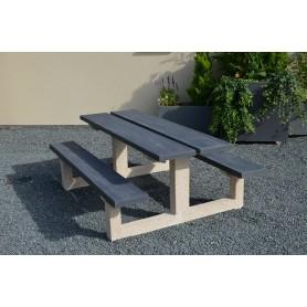 Table béton gris foncé